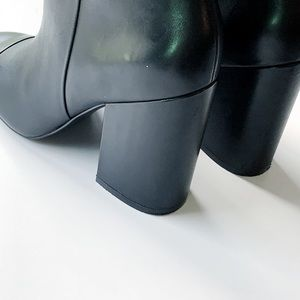 Marc Fisher Shoes - HP🌟Marc Fisher   Prana Cap Toe Chunky Heel Bootie